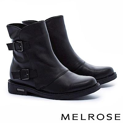 短靴 MELROSE 獨特側剪裁雙飾釦繫帶牛皮低跟短靴-黑