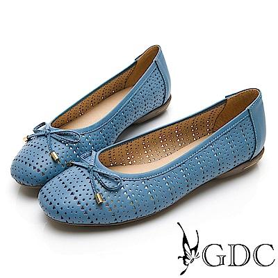 GDC-真皮日雜氣質甜美雕花簍空蝴蝶結圓頭平底娃娃鞋-藍色