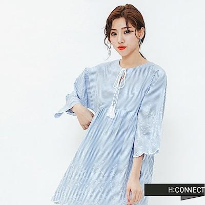 H:CONNECT 韓國品牌 女裝-甜美繡花綁結洋裝-藍