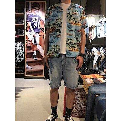 牛仔短褲 男裝 511 低腰修身窄管 棕櫚樹 - Levis-動態show