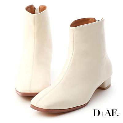 D+AF 簡約率性.後拉鍊方頭小低跟短靴*米白