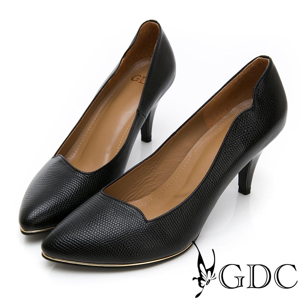 GDC-真皮精美紋理波浪尖頭中跟上班包鞋-黑色
