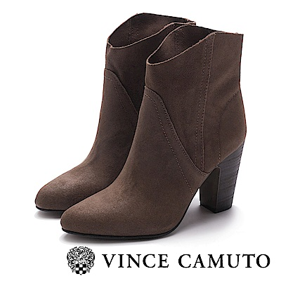 VINCE CAMUTO 麂皮素面縫線尖頭中筒靴-絨灰