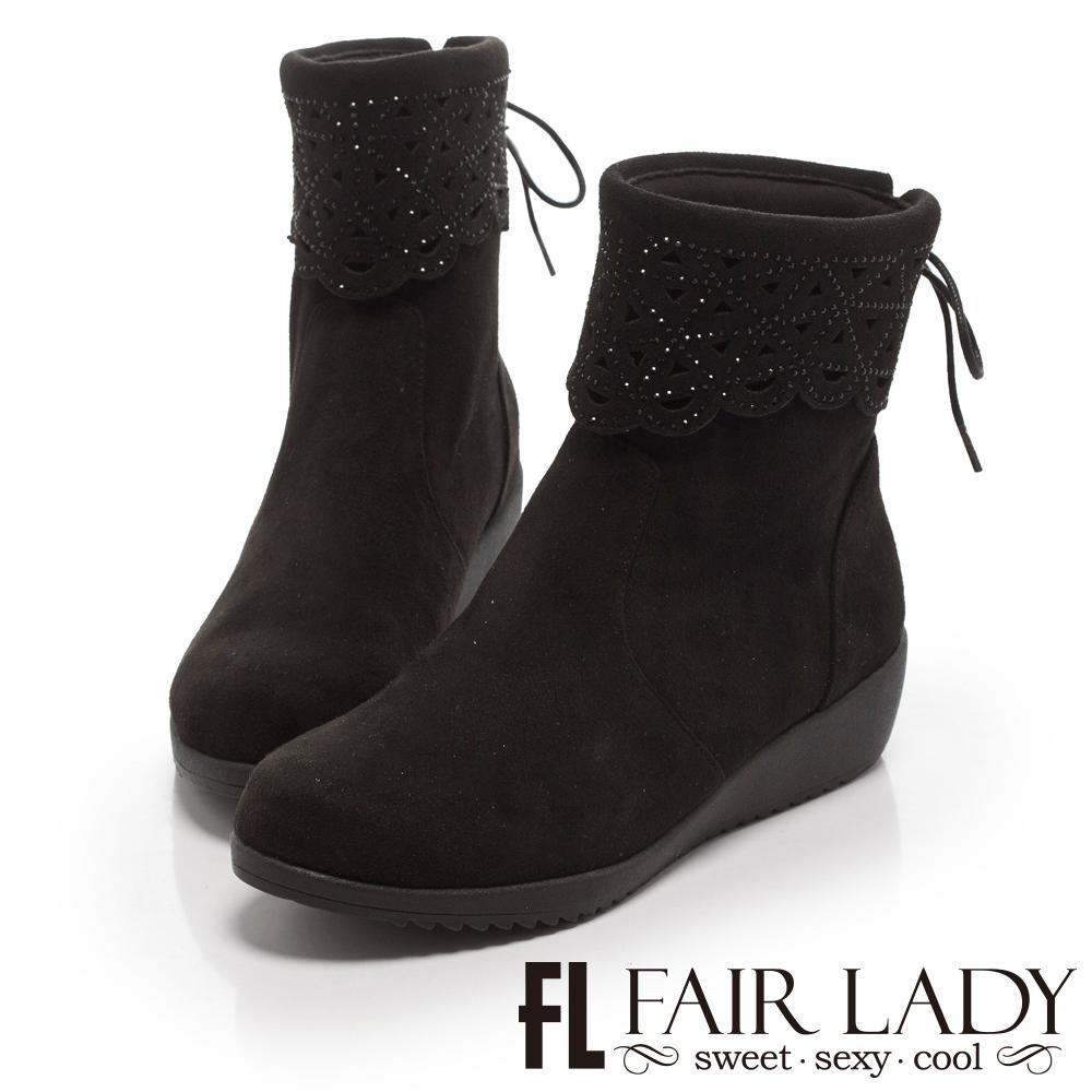 Fair Lady 點珠縷空後蝴蝶結厚底短靴 黑