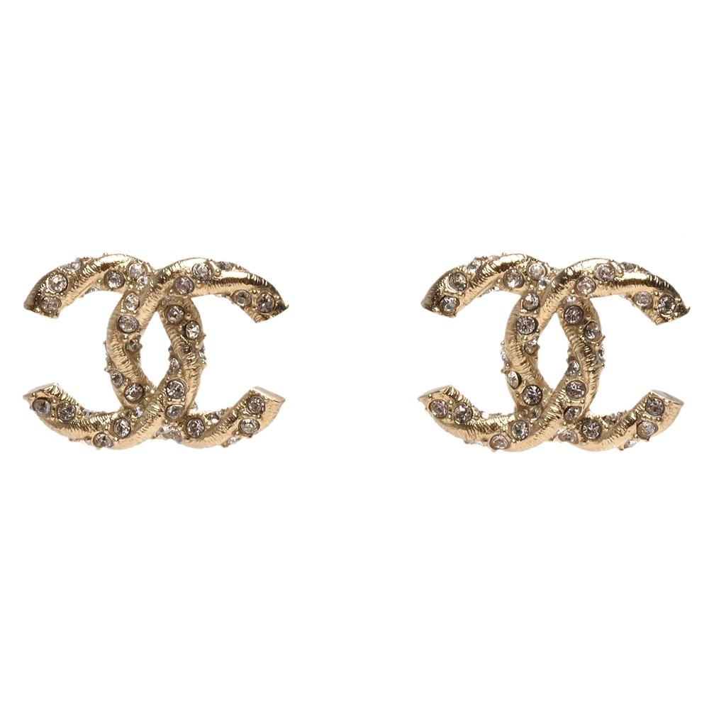 CHANEL 經典雙C LOGO麻花造型水鑽鑲嵌穿式耳環(金)