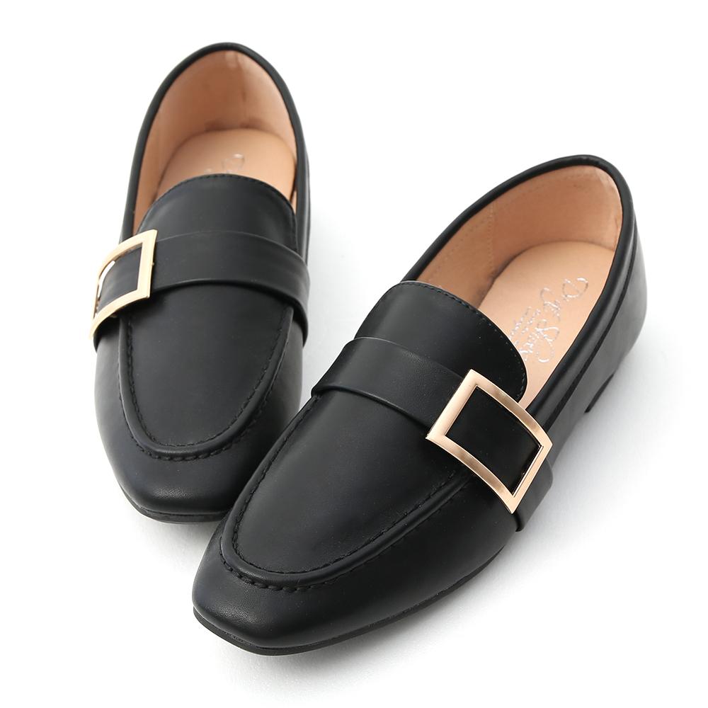 D+AF 學院品味.金屬大方釦平底樂福鞋*黑