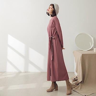 純色腰抽繩側開衩長洋裝-OB大尺碼