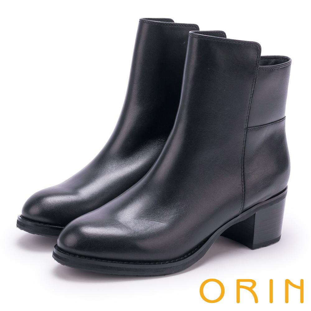 ORIN 流行個性元素 嚴選牛皮素面粗跟短靴-黑色