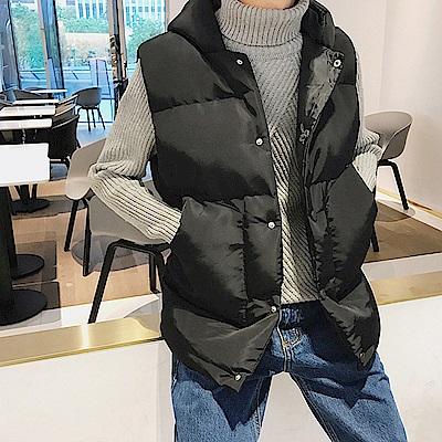 BuyGlasses 排扣鋪棉連帽背心外套