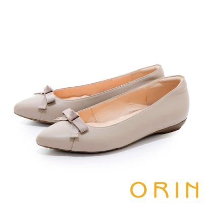 ORIN 織帶蝴蝶結真皮尖頭 女 平底鞋 淺灰