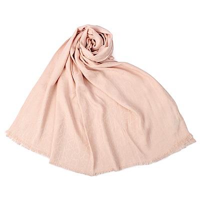Calvin Klein CK滿版LOGO絲質寬版披肩圍巾-粉膚色