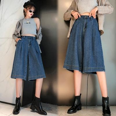 【韓國K.W.】(預購)歐洲款縹緲牛仔褲裙-1色