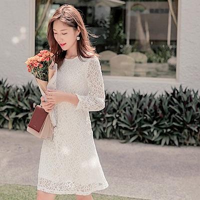 純色典雅鏤空蕾絲雕花長袖洋裝-OB大尺碼