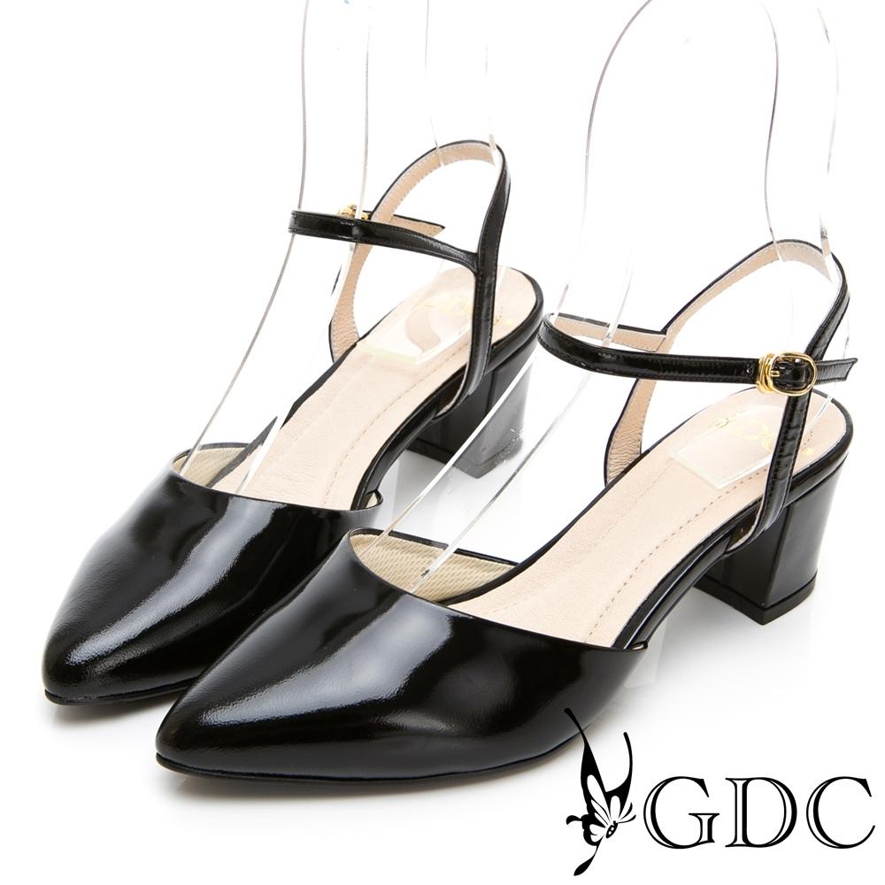 GDC-典雅瑪莉漆皮舒適繞帶尖頭粗跟鞋-黑色