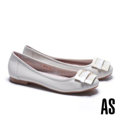 低跟鞋 AS 百搭舒適烤漆方釦水染牛皮低跟鞋-米