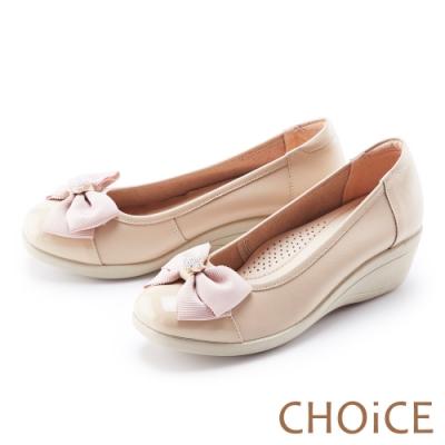 CHOiCE 蝴蝶結鑽飾真皮楔型 女 中跟鞋 裸色
