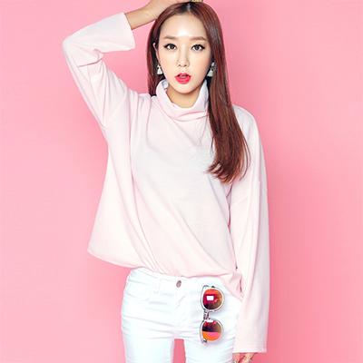 正韓 俏麗垂墜寬高領長袖T恤 (粉色)-Sexy JADE
