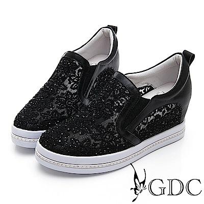 GDC-真皮簍空蕾絲舒適微厚底休閒鞋-黑色