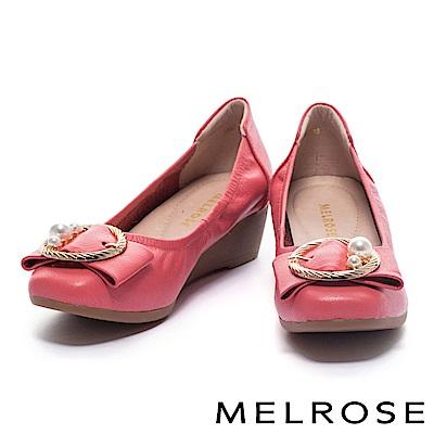 高跟鞋 MELROSE 珍珠金屬圓飾釦柔軟全真皮楔型高跟鞋-粉