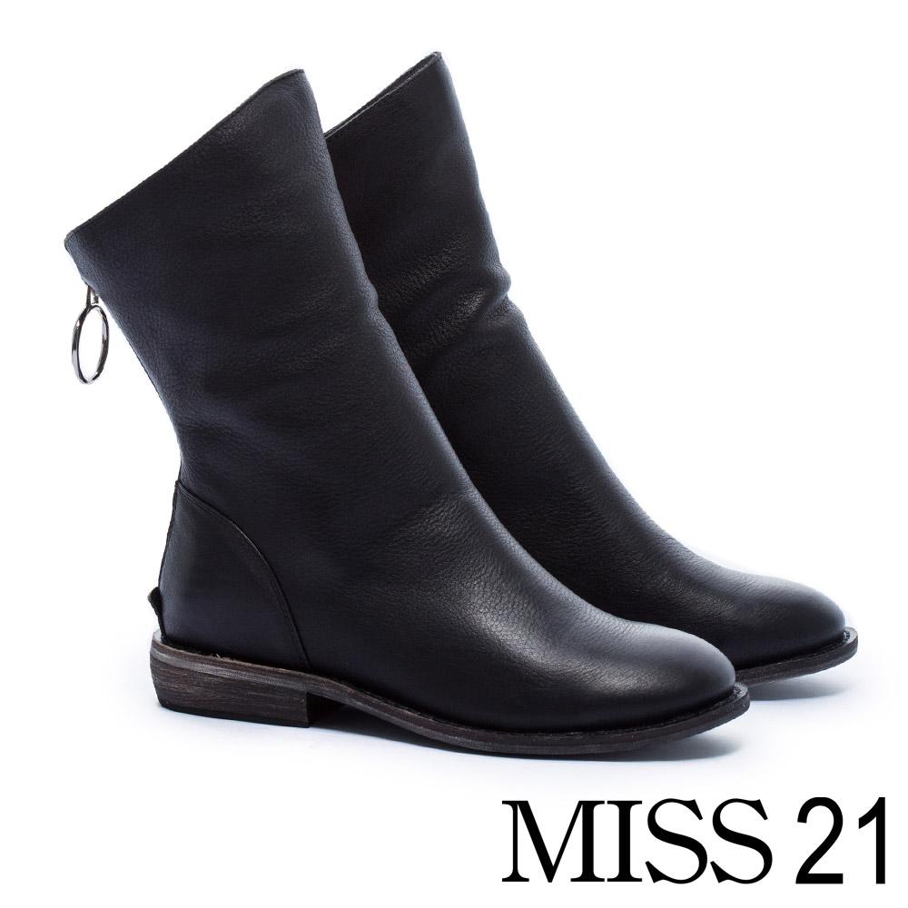中筒靴 MISS 21 百搭率性街頭風全真皮中筒木紋低跟靴-黑