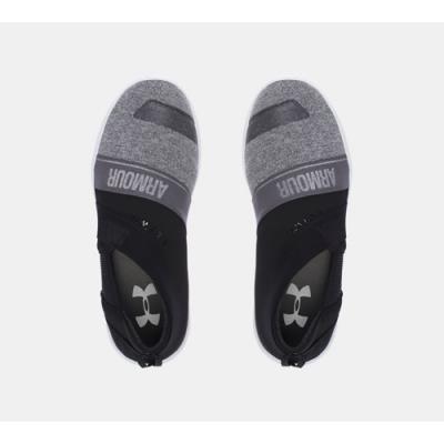 UNDER ARMOUR女休閒鞋