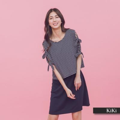 【KiKi】條紋剪接素色修身-洋裝