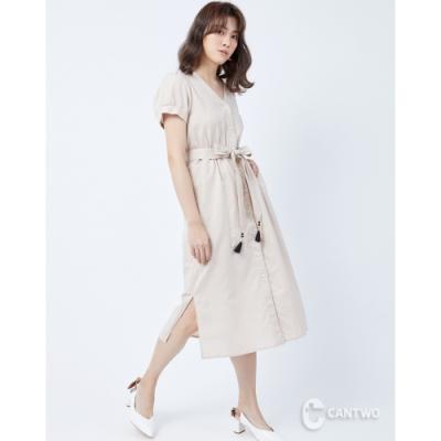 CANTWO開襟綁帶流蘇綴飾排釦洋裝-二色