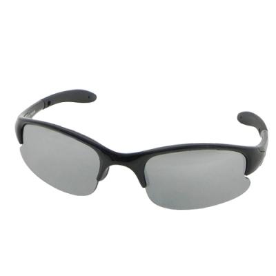 【Docomo兒童專用運動太陽眼鏡】防滑腳架設計 高等級PC鏡片 抗UV400 輕量兒童配戴款
