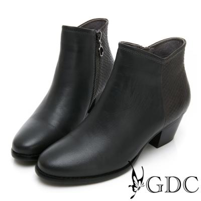GDC-真皮經典基本素色簡單剪裁粗跟百搭短靴-灰色