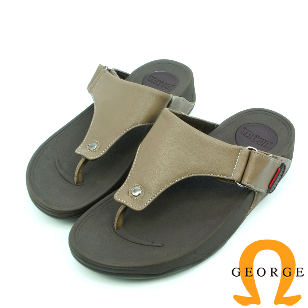 【GEORGE 喬治皮鞋】舒適系列 皮感夾腳涼拖鞋-棕色