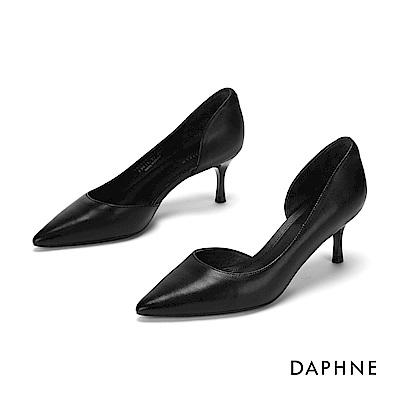 達芙妮DAPHNE 高跟鞋-全真皮縷空尖頭高跟鞋-黑