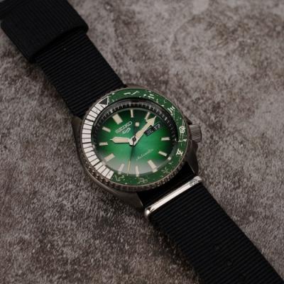 SEIKO 精工 5 Sports 機械錶 (綠面) 錶帶自選顏色