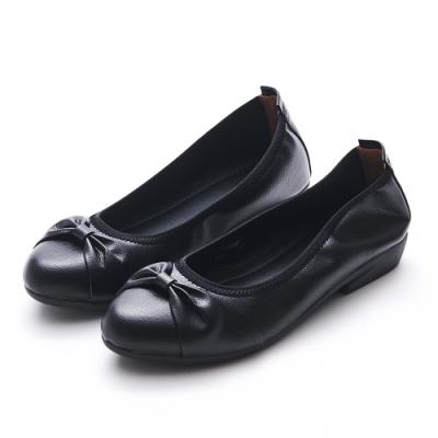 A one  通勤上班抓皺蝴蝶低跟包鞋-黑色