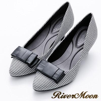 River&Moon摩登千鳥格紋朵結記憶鞋墊尖頭跟鞋-黑
