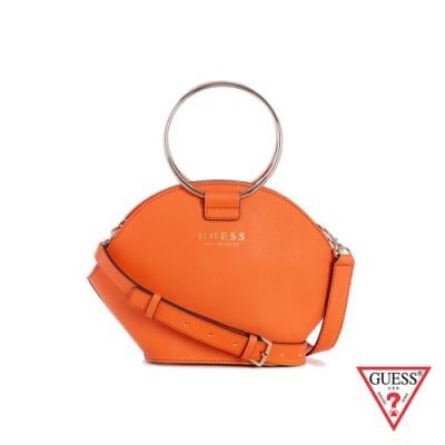GUESS-女包-簡約素面金屬圓環手提肩背包-橘 原價3090