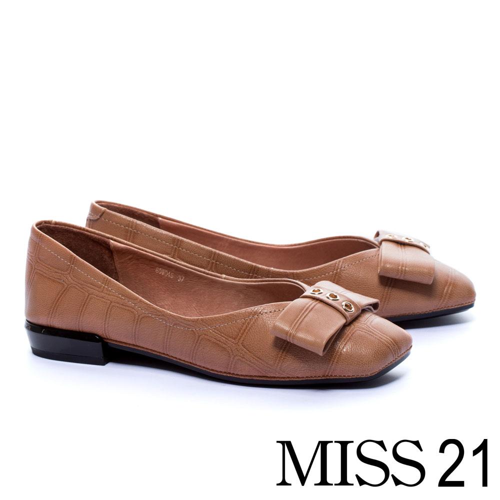 低跟鞋 MISS 21 復古壓紋蝴蝶結造型全真皮低跟鞋-咖