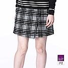 ILEY伊蕾 黑白格紋簡約短褲裙(黑)