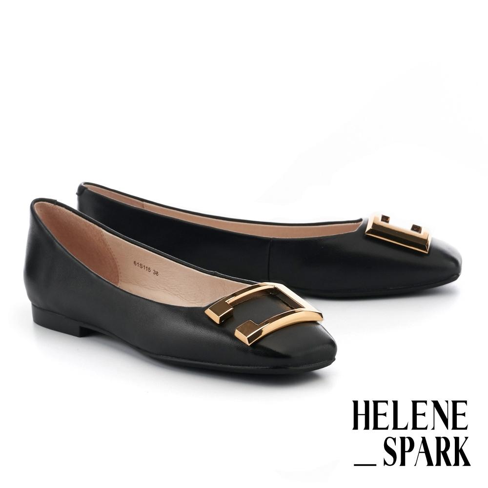 平底鞋 HELENE SPARK 輕奢時髦金屬C字飾釦全真皮方頭平底鞋-黑