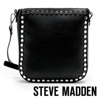 STEVE MADDEN-BCORINA 個性龐克鉚釘斜背包-黑色