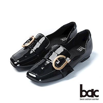 bac愛趣首爾-俏皮歪方頭軟漆皮單顆鑽釦樂福鞋平底鞋-黑