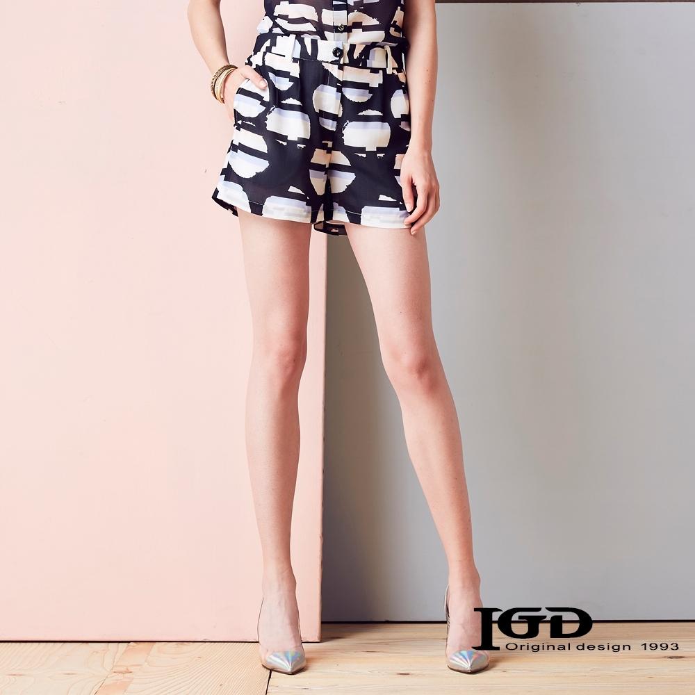 IGD英格麗 數位波點印花短褲-黑色