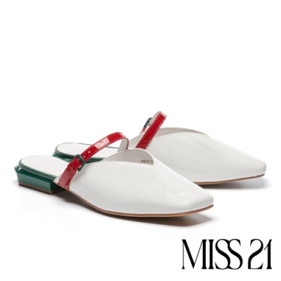 拖鞋 MISS 21 前膽摩登條帶釦設計漆皮低跟穆勒拖鞋-白
