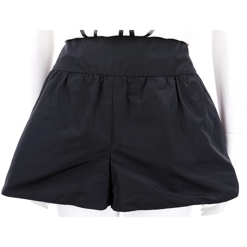 RED VALENTINO 寬版皺折細節黑色短褲