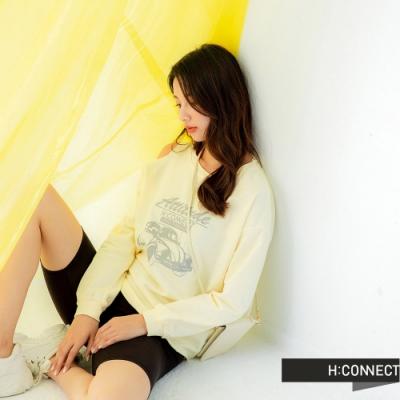 H:CONNECT 韓國品牌 女裝 -不對稱露肩圖印上衣-黃