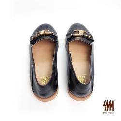 SM-帥氣復古系列-英倫小牛皮反摺大T金屬扣樂福鞋-黑色(兩色)