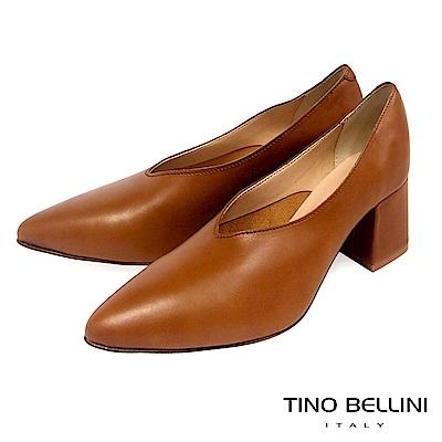 Tino Bellini 義大利進口V型深口尖楦中跟鞋 _ 棕