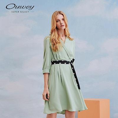 OUWEY歐薇 時尚簡約綁帶裝飾V領洋裝(綠)