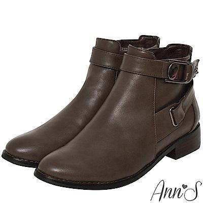 Ann'S街頭時尚-立體造型扣帶平底機車靴-灰