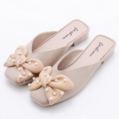 River&Moon防水鞋 珍珠朵結V口方頭低跟穆勒 奶茶杏