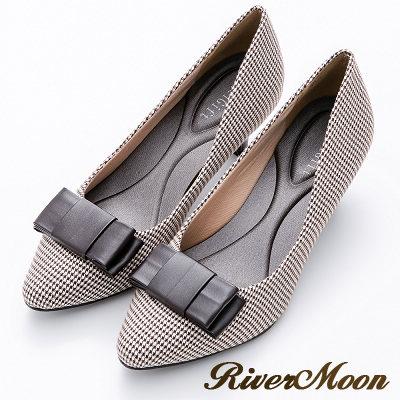 River&Moon摩登千鳥格紋朵結記憶鞋墊尖頭跟鞋-咖